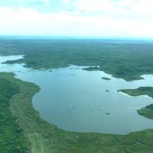 Le Lac Ambondrobe