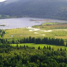 Lac de Bouverans et marais du Varot