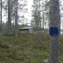 View of shelter by the lake Sulsjön