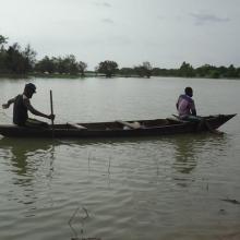 Photo 6 : La pêche sur pirogue sur le Mouhoun