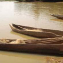 Pirogues traditionnelles au lac Wegnia