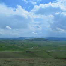 The view of Peštersko polje from Trojan Hill