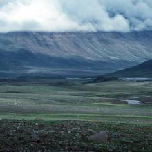 Kuussuaq/Stordalen, view towards north. Note the pingos on the valley floor.